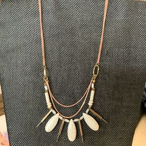 Marbled teardrop stones necklace